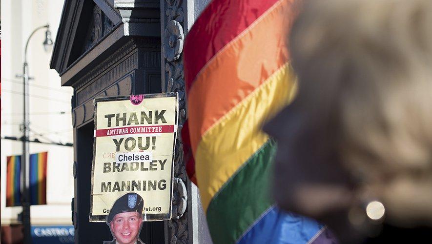 Trump proíbe pessoas transgênero nas Forças Armadas dos EUA. L @_Justificando