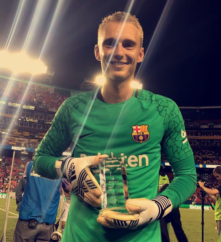 💪 @JasperCillessen ha sido elegido Man of the match ¡Enhorabuena! 👏👏👏👏 🔴🔵 #ForçaBarça #BarçaManU