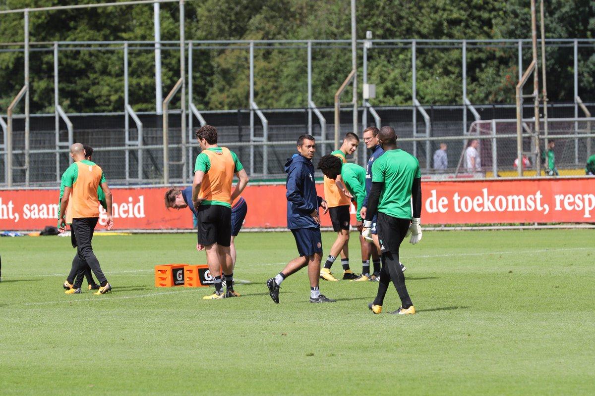 test Twitter Media - 🔜 | De bal gaat zo weer rollen op Varkenoord... Om 10:30 uur werkt Feyenoord een openbare training af op weg naar de openingswedstrijd! ⚽️🏃 https://t.co/tSiT55J3Ul