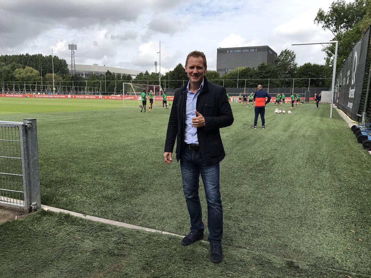 test Twitter Media - Een speciale toeschouwer vandaag bij de training. Herkennen jullie hem, Feyenoorders? 😃 https://t.co/L0xIS3IcD4