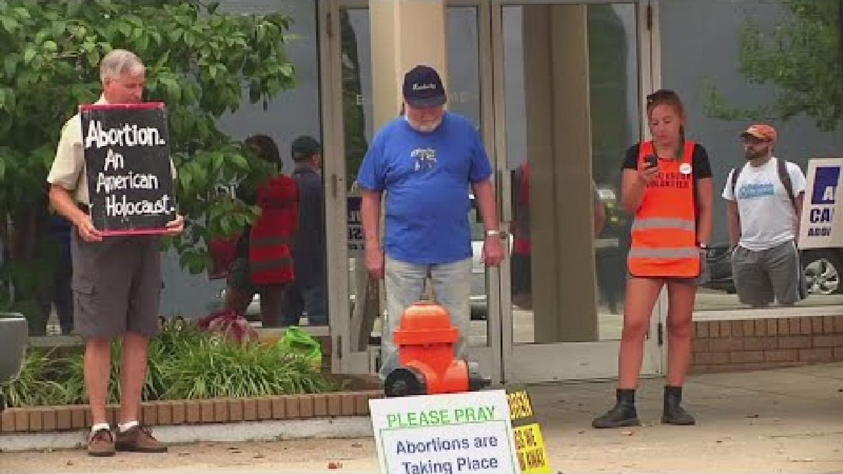 ?? USA: Fierce battle over Kentucky's only abortion clinic