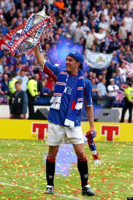 Happy 41st birthday to Fernando Ricksen, a true hero, legend and inspiration to many.  Keep Fighting Fernando
