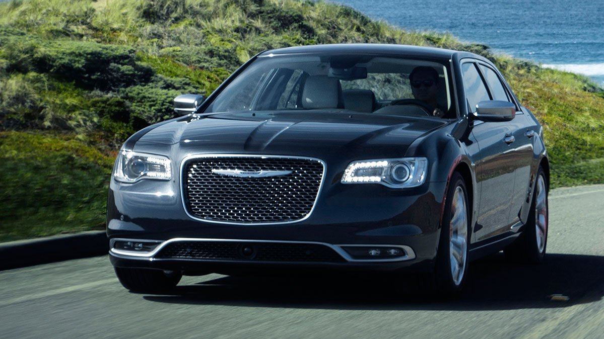 @CRCars: 2017 Chrysler 300 Regains CR Recommendation After Shifter Software Fix https://t.co/5vmXpw2mbr https://t.co/USDIwWluy3