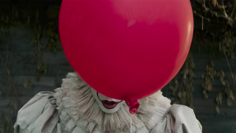 The new #ITMovie trailer gives horror a smiling face 🎈