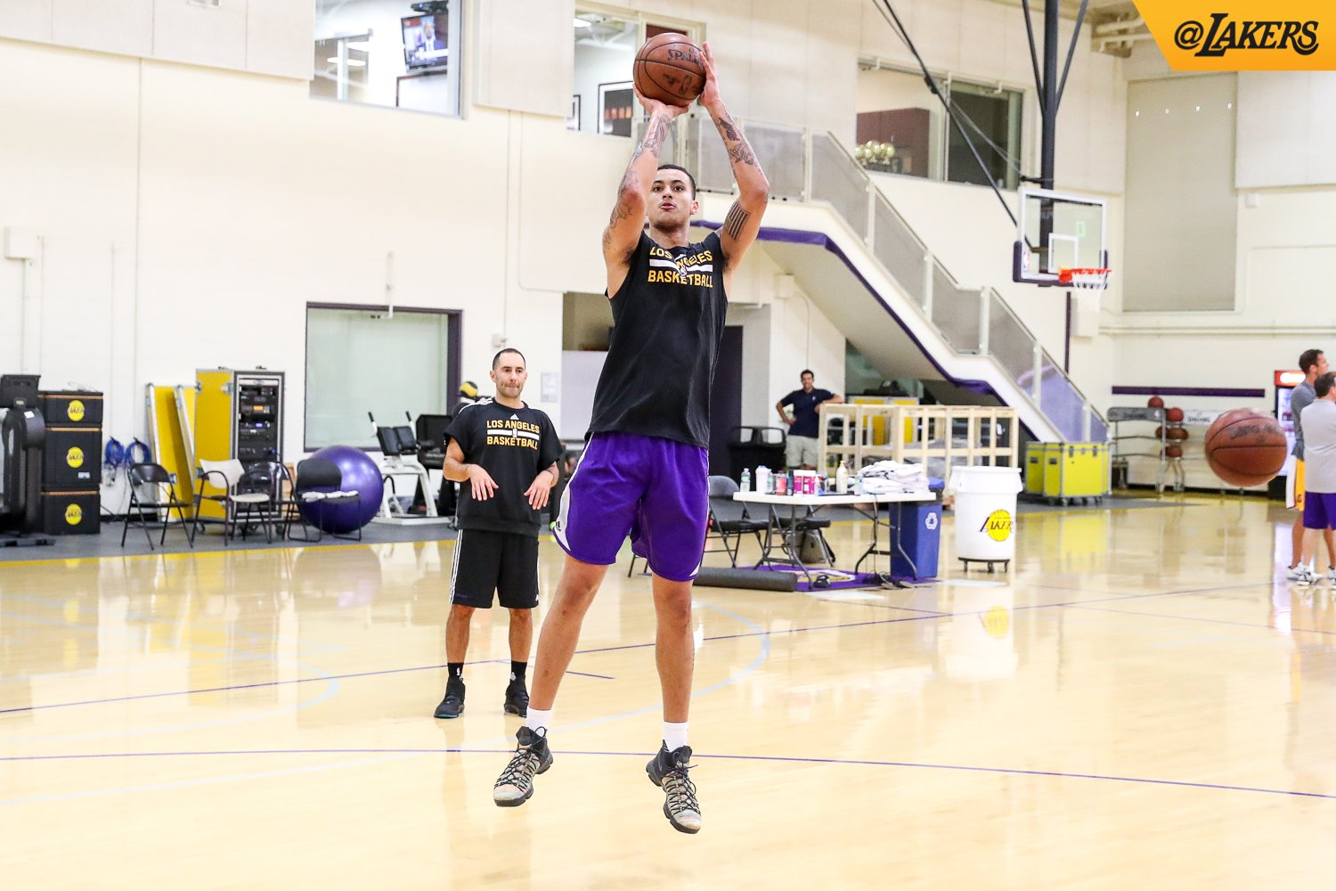 Staying in the gym, all offseason long #LakeShow https://t.co/EuNimtqBA5