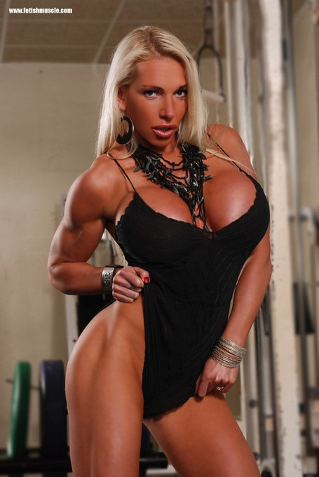 Sexy fitness photos and videos: https://t.co/wC6swlo8tu OR https://t.co/05O4EsJ25s FOLLOW ME! KISS @bustyfitness