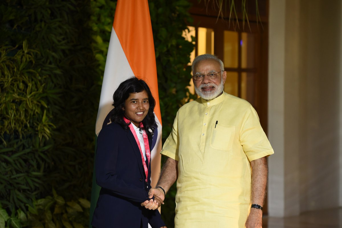 It was wonderful to meet cricketer Ekta Bisht. She has distinguished herself as a skilled bowler.