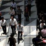 Q2 layoffs, unemployment rate down: MOM