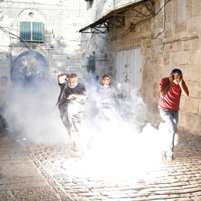 Al Aqsa Mosque: More than 100 injured in clashes with police as Israel removes security equipment