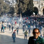 113 hurt, clashes erupt as thousands of Muslims surge into Jerusalem mosque after Israel lifts security measures