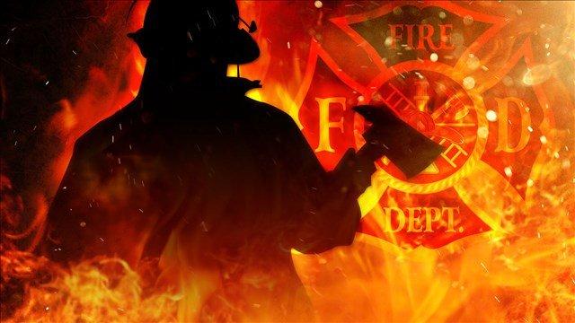 Firefighters battle early morning fire
