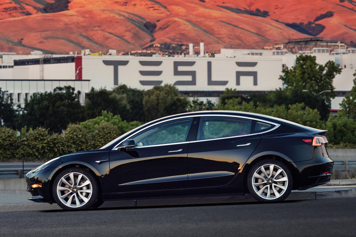 Mainstream Model 3 holds promise — and peril — for Tesla