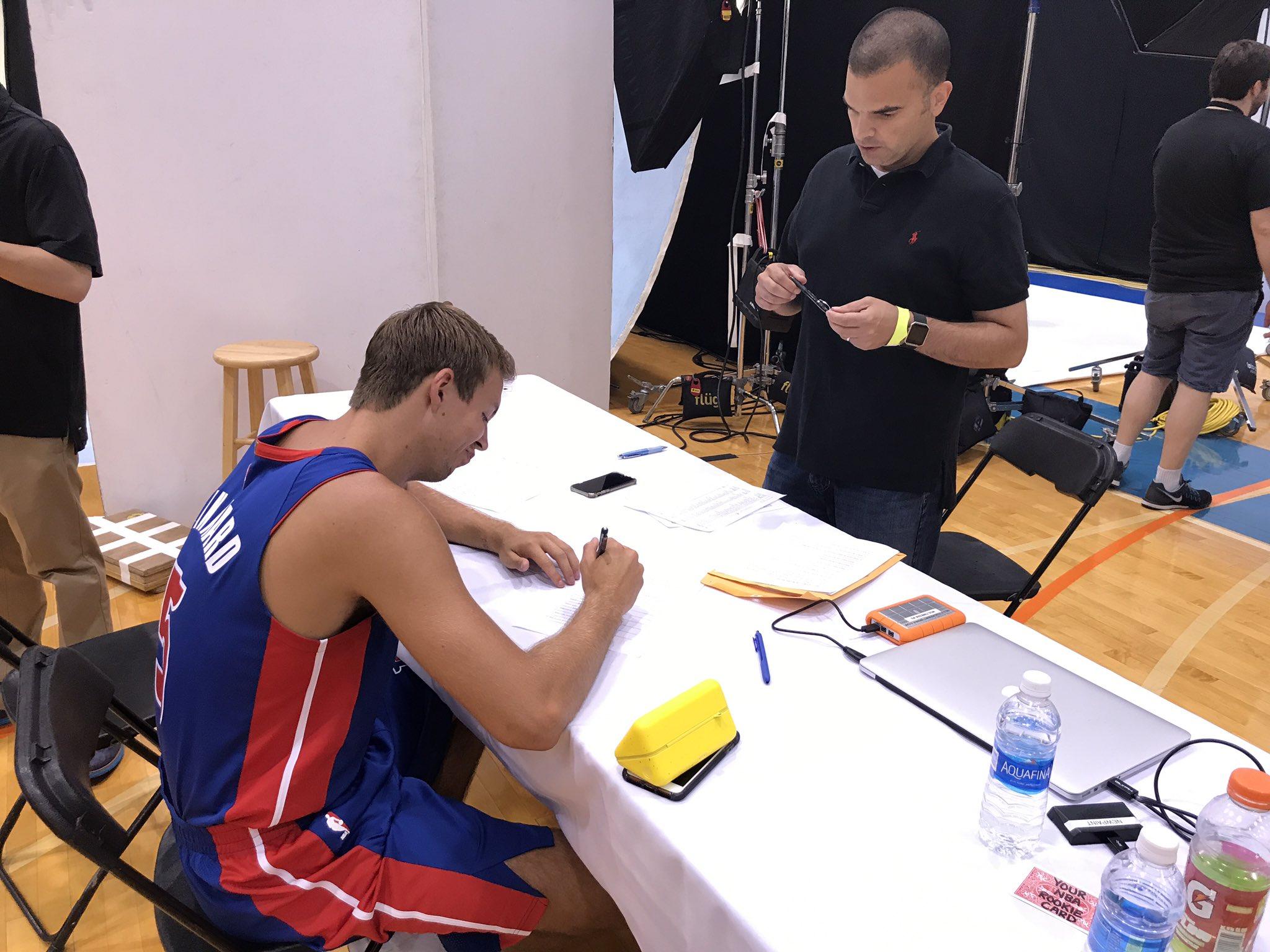 Detroit's @LukeKennard5 fills out the 2017 @NBAcom Rookie Survey for @johnschuhmann. https://t.co/xC1h9dsndX