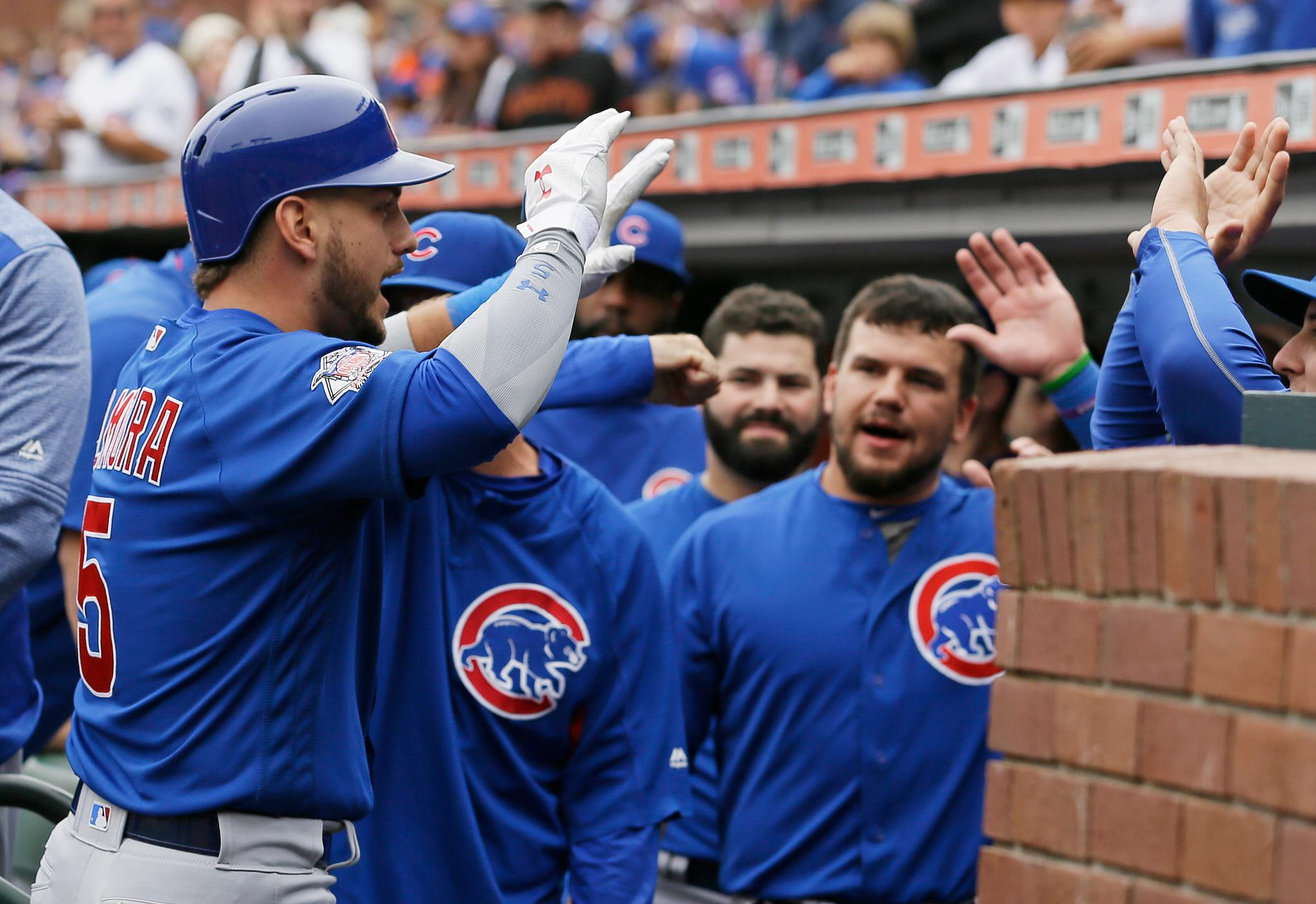 Watch @albertalmora's 5th home run of the year: https://t.co/I37TS1QaxK https://t.co/LQHwwkde0J