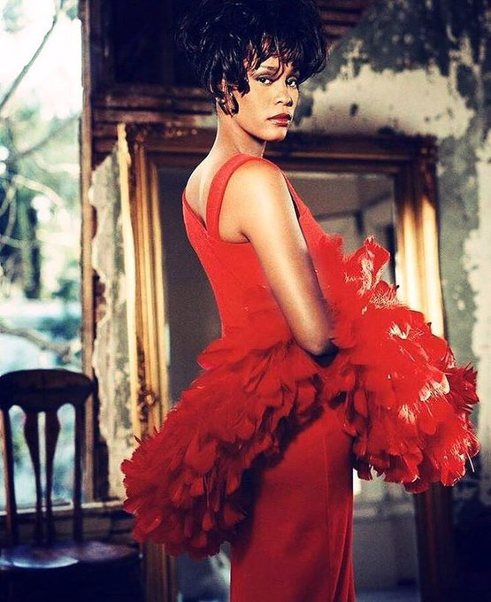 Happy birthday to the QUEEN Whitney Houston!!! Legends never die!!!