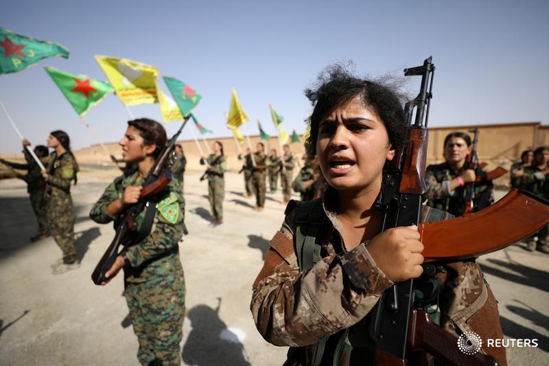 Women recruits prepare to join Syria's Raqqa battle. More here: