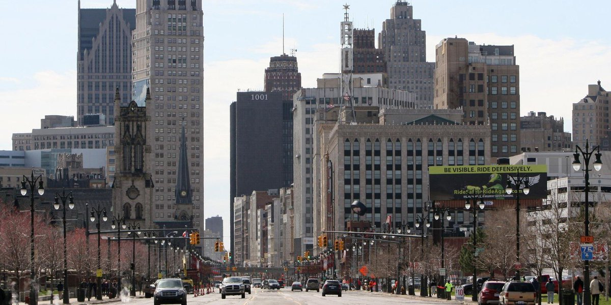 Banks loan less to Detroit businesses in neighborhoods with more minorities