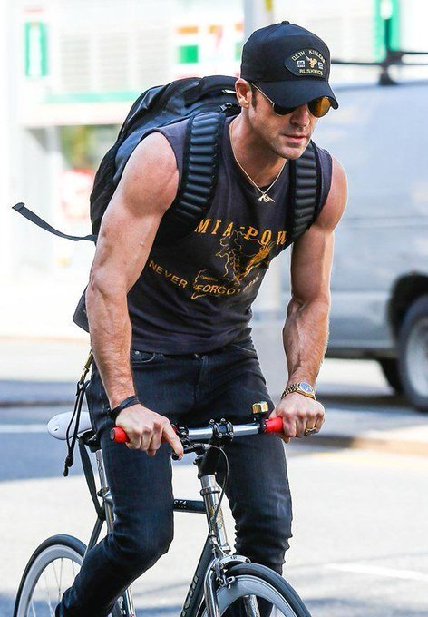 Happy Birthday Justin Theroux!