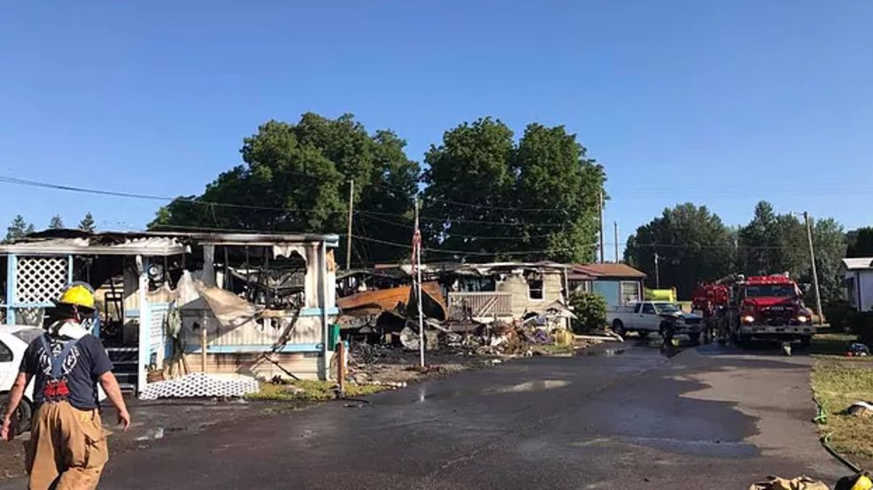 Dead pets remain in ruins of burned Oregon mobile homes