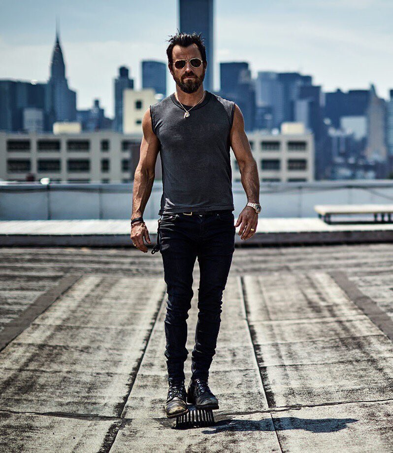 Happy birthday to emmy snubbed actor and masterpiece justin theroux!!!!