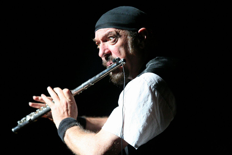 Happy Birthday Ian Anderson (Jethro Tull) - August 10, 1947 - BUDAPEST . . .