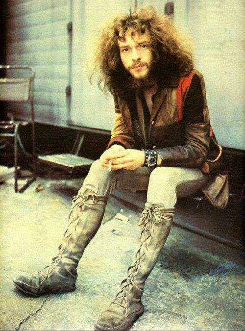 I wish Ian Anderson a very happy 70th birthday