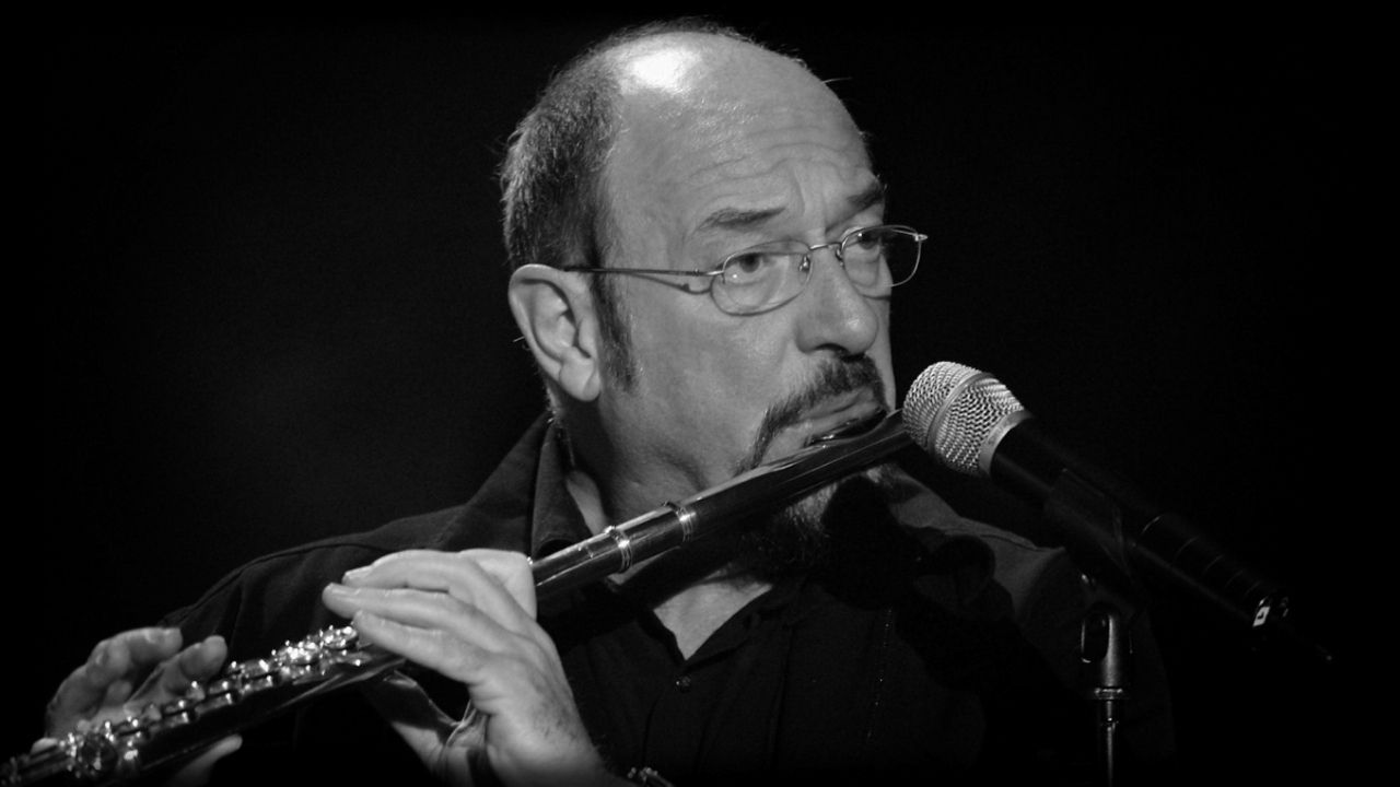 Happy birthday to Ian Anderson, who is 70 today!