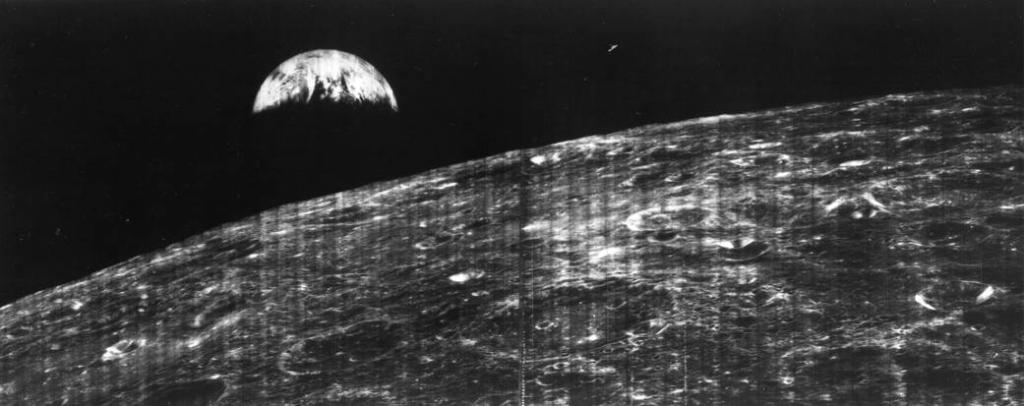 On this day 51 yrs ago, Lunar Orbiter gave us this very first view of Earth from the Moon.   ��: @NASA | @NASAMoon https://t.co/8C4nivafP1