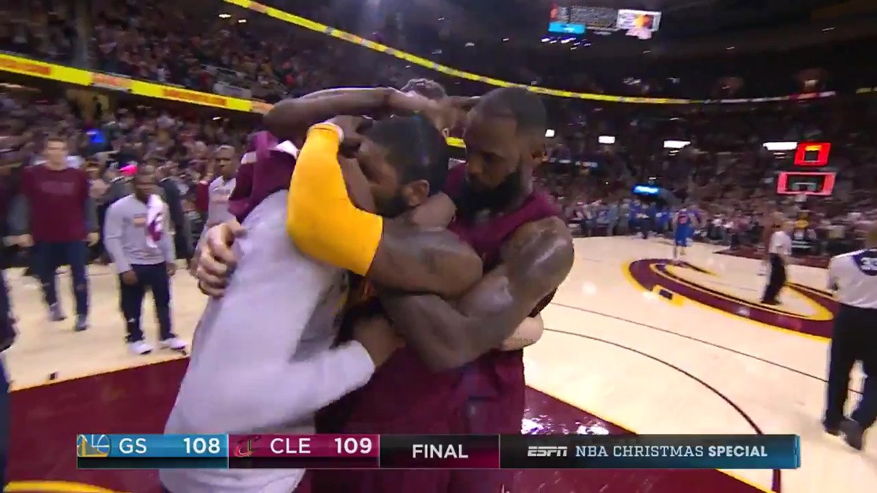 As the @Cavs & @Warriors match up on Christmas Day 2017 (3pm/et ABC)... we look back at last season's #NBAXmas game! https://t.co/x7GFP5rovU