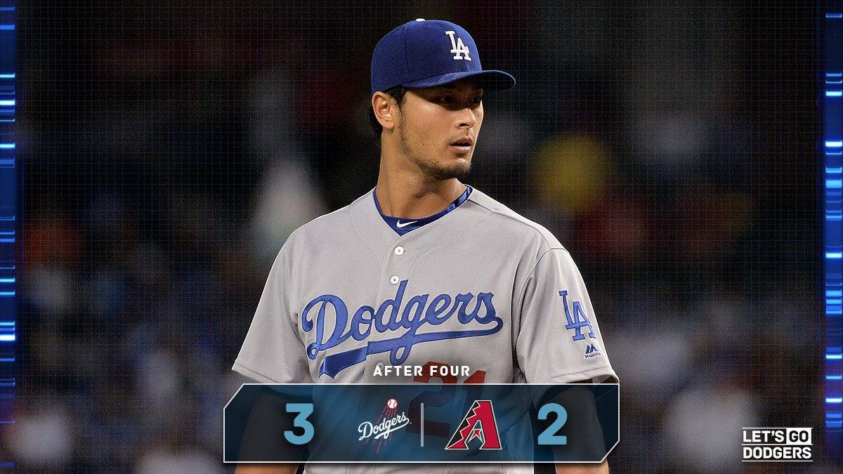 J.D. Martinez hits a solo home run in the bottom of the fourth. #Dodgers still lead, 3-2. https://t.co/QJIAfSslhZ