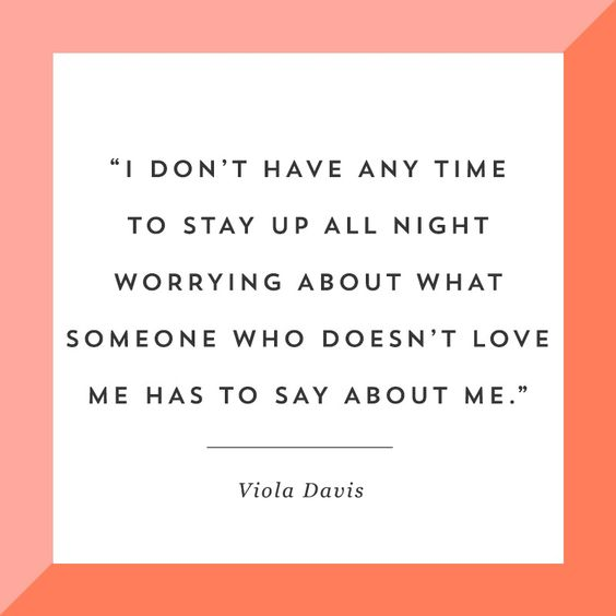 Happy birthday to one our favourite actresses, Viola Davis! Always teaching us the importance of self-worth.