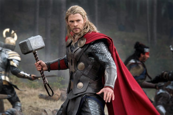 Happy Birthday to Chris Hemsworth who turns 34 today!