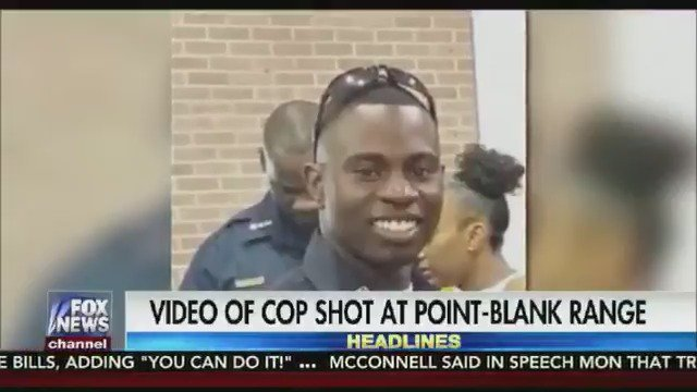 """Tell my family I love them!"" : Horrifying video of the moment a South Carolina cop is shot at point blank range https://t.co/4npup0qoId"