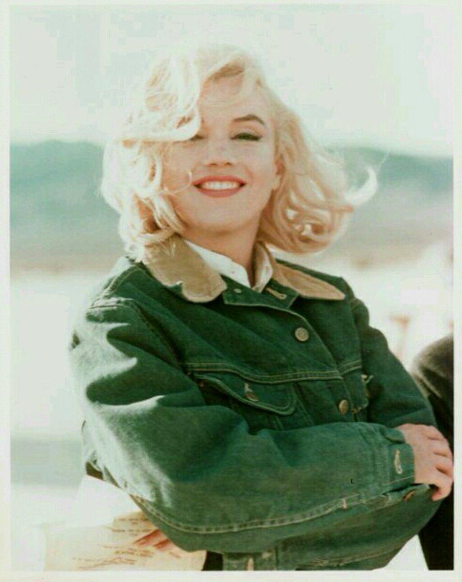 401 best Hot Actresses Marilyn monroe misfits photos