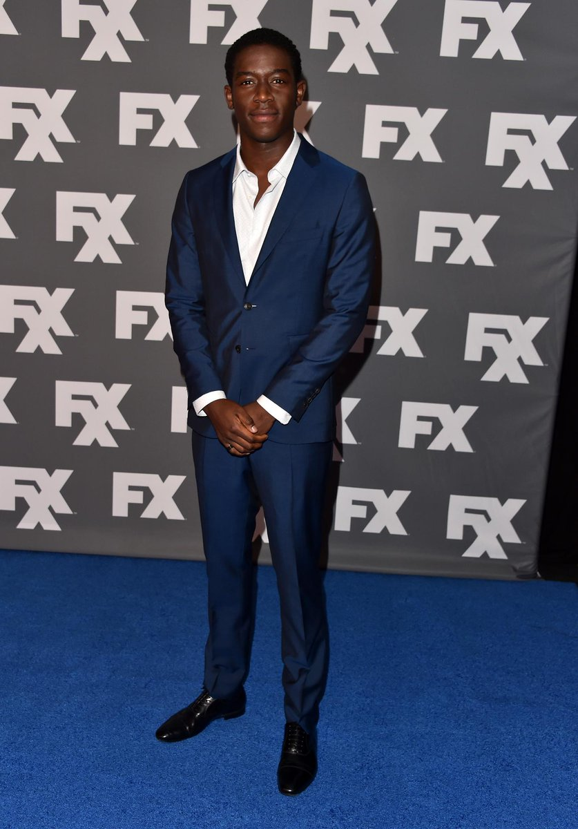 In Los Angeles, actor @DamsonIdris wears @Burberry tailoring to the @FXNetworks 2017 Summer TCA Tour #FXTCA https://t.co/hmuPxZNICa
