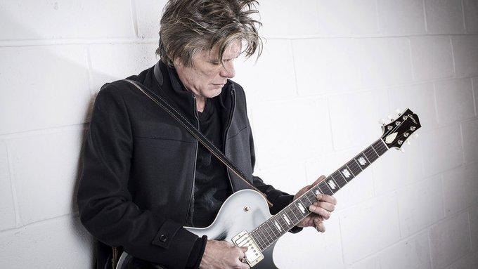 Happy birthday à Charlie Sexton, formidable guitariste et fidèle soldat du Never Ending Tour !