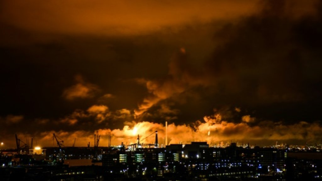 Fire halts part of Europe's largest oil refinery