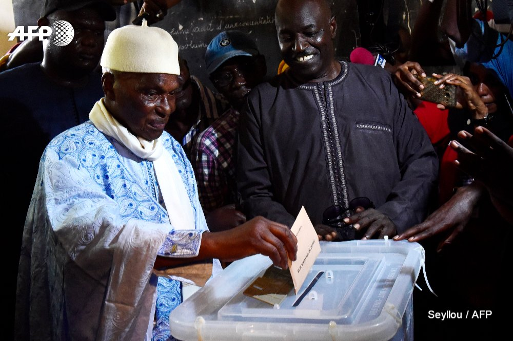 Opposition cries foul as Senegal holds tense vote