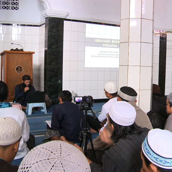 Islamic State: Indonesian mosques accused of supporting radical group's ideology