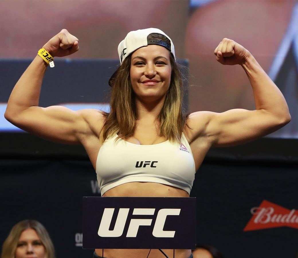 The hottest (and deadliest) female UFC fighters: https://t.co/dTRNlKjrfk https://t.co/vBrzFzFa5X