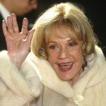 Award-winning French actress Jeanne Moreau dies at 89