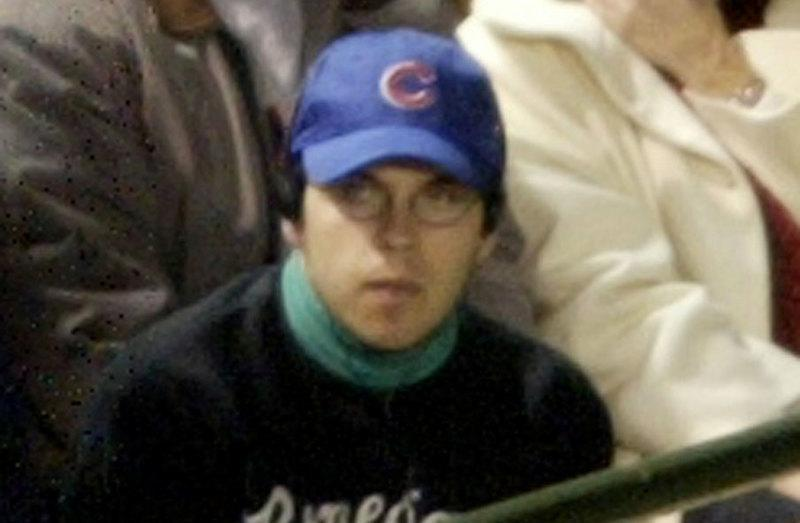 Chicago Cubs give World Series ring to notorious fan Bartman