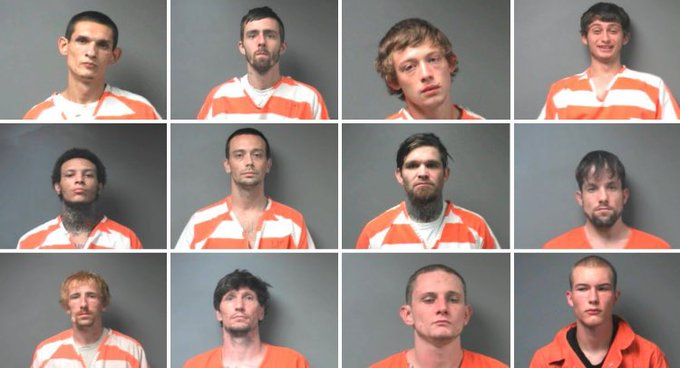 Hey so to all the escaped prisoners in Alabama, me and @MsSarahVandella would love a gang bang thaaaaanks