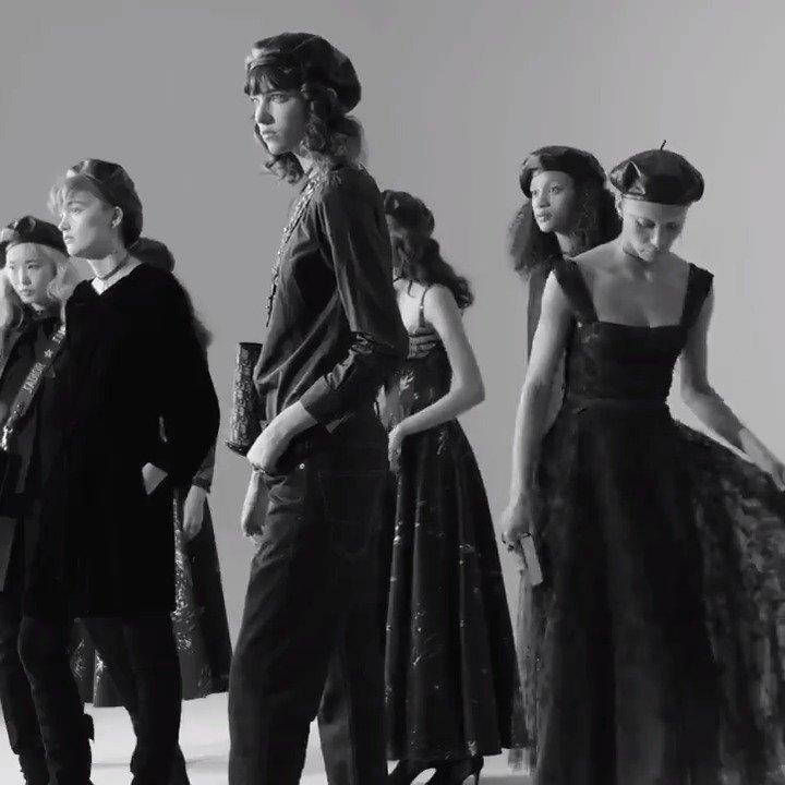 Head behind the scenes of Maria Grazia Chiuri's AW17-18 campaign! Visit https://t.co/tMvNxeNqak for more!  #DiorAW17 https://t.co/hEgGwXOHRJ
