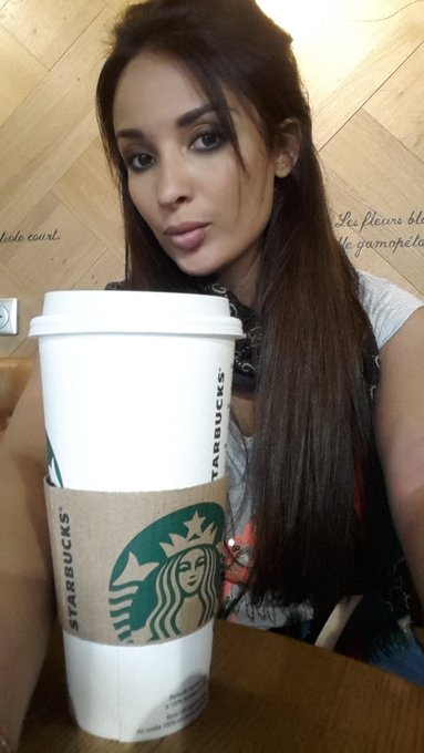 Waiting my flight to Barcelona with my Chai tea latte ✈🍵😘 https://t.co/WeW9gHrSHC