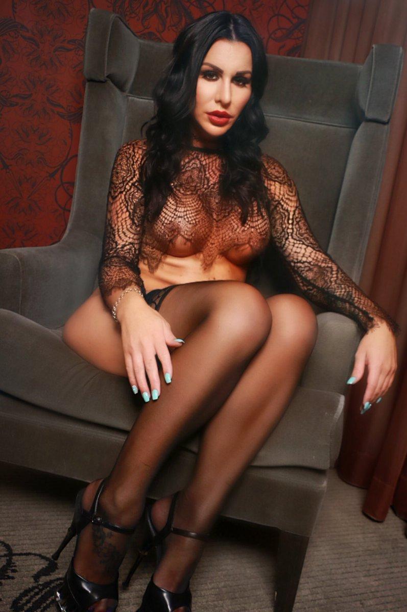 Lace- stockings - heels !! My fav things 😝 WOWE1ik1Zw