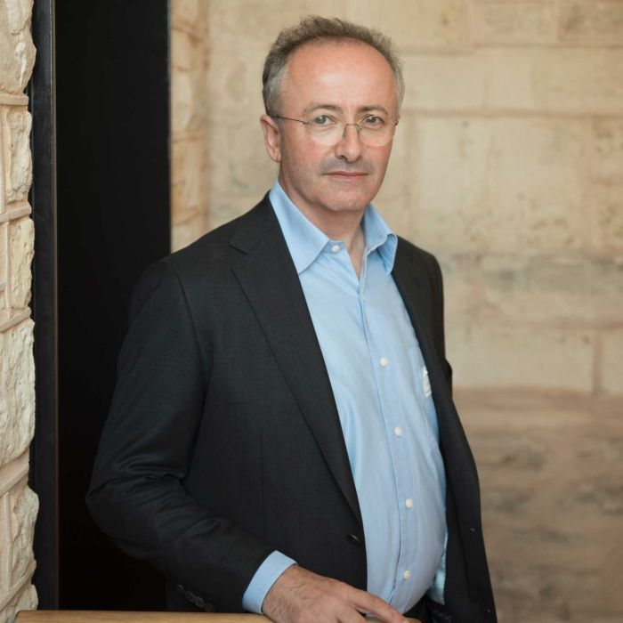 Andrew Denton to undergo heart surgery, pulls out of euthanasia campaign in Victoria
