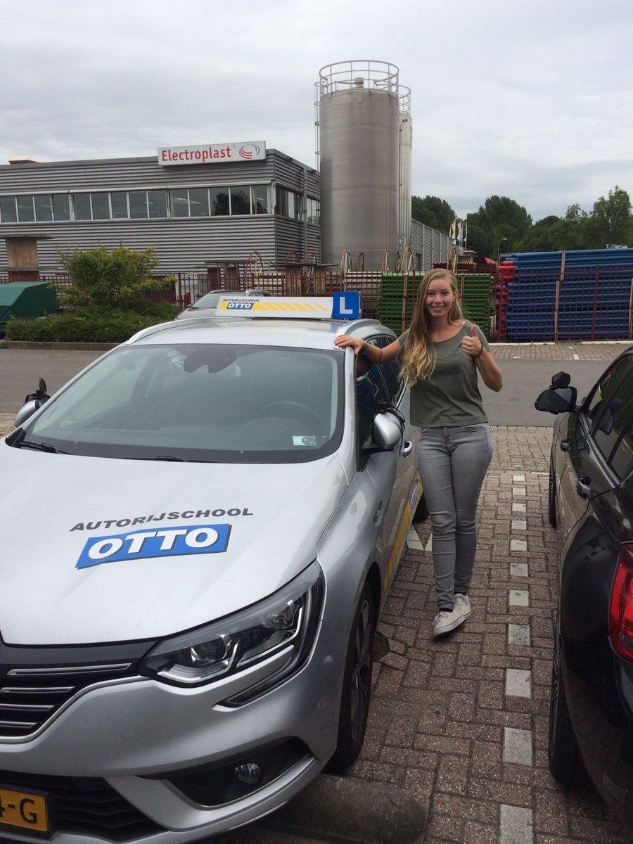test Twitter Media - Inge Modderkolk van harte gefeliciteerd met het behalen van je rijbewijs! https://t.co/sNuQAESnAb