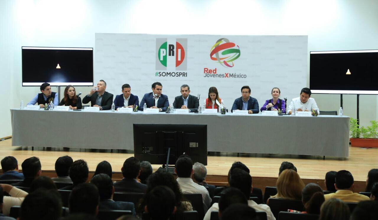 En el @PRI_Nacional contamos con las y los jóvenes más talentosos de #México. #TuVozPRImero en la #XXIIAsambleaPRI. https://t.co/cVLVcAGkmQ