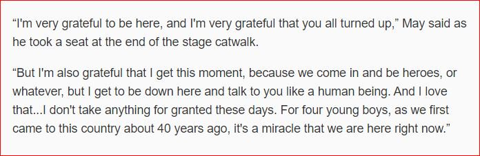 Sweet words from @DrBrianMay for @QueenWillRock's Nashville audience... https://t.co/lrDVV6AxS3 https://t.co/ln3YGBolqt